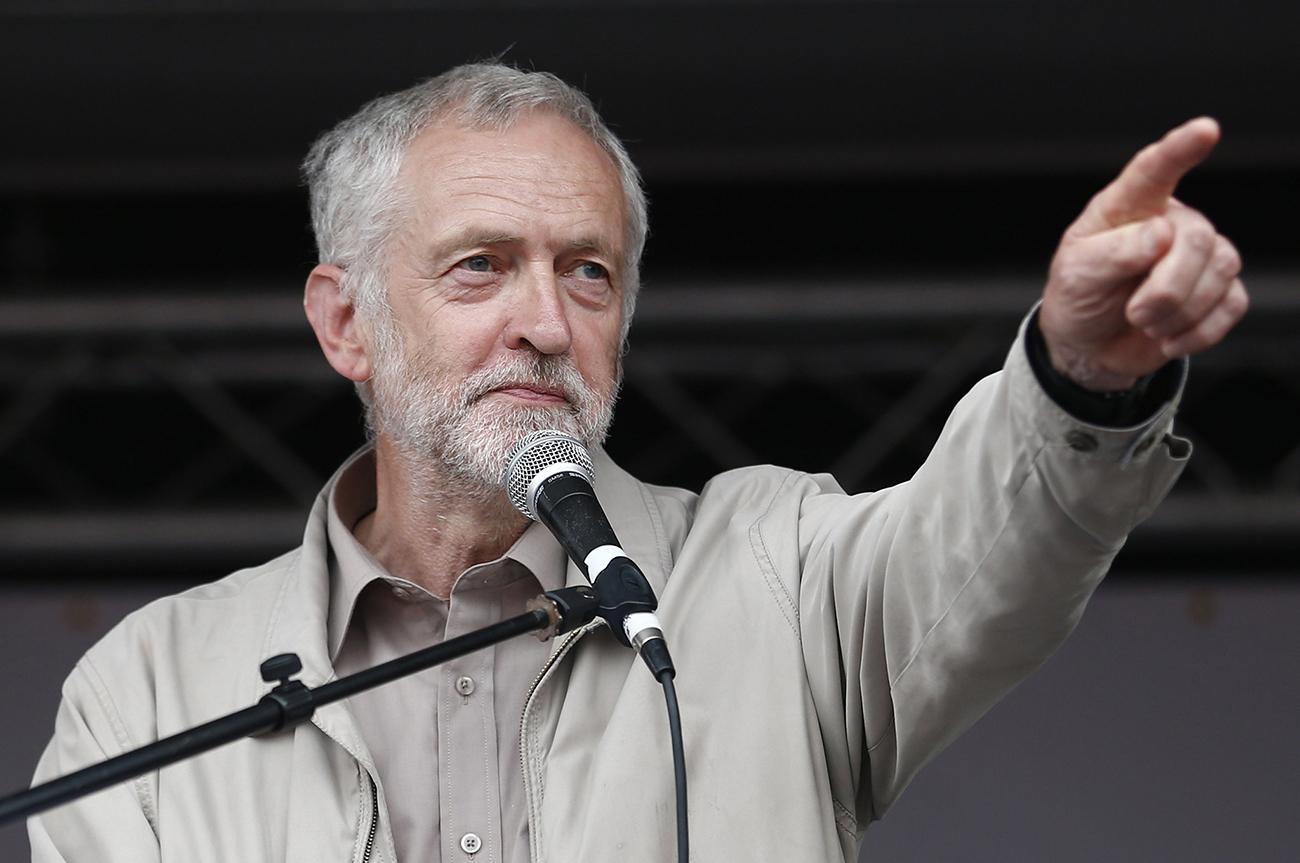 Risultati immagini per privatizzazioni gran bretagna corbyn